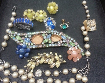 Discounted Vintage destash rhinestone  jewelry for repurposing and crafting . Necklace, orpan clip on earrings and brooches.