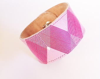 Fitbit Flex Tracker Cuff / Wristlet / Wristband / Pink Lines Leather Cuff 4 Activity Tracker / Custom Activity Tracker / Wearable Technology