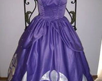 Demoffs only  Sofia First Adult Gown Dress Lavender Satin Pearls Lace up Princess Women 2 4 6 8