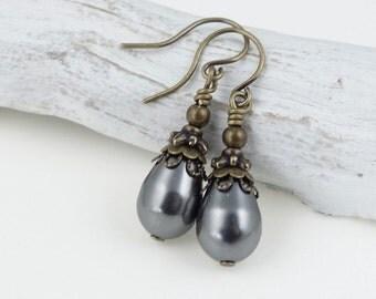 Dark Grey Pearl Earrings Vintage Inspired Wedding Jewelry Bridesmaid Earring - Vintage Style Pearl Jewelry Custom Color Womens Accessories