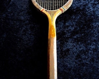Vintage ARISTOCRAT Wood Tennis Racquet Draper Maynard Co. Plymouth N.H. 1920's