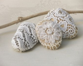 Shabby chic stones, Lace crochet Stones, Door stop, Paperweight, Table Centerpiece Wedding table decoration, decorated unique rock.