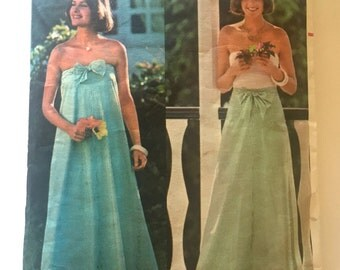 70s Butterick 4843 Strapless Sundress or Flared Skirt, Convertible Tie On Size 12 14 Medium Bust 34 36