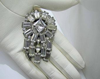 1930s Art Deco Eisenberg Original Silver Crystal Dress Scarf  Clip. Art Deco Brooch. Emerald Cut Rhinestones Geometric Design. Vintage Bride