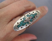 Vintage Sterling Turquoise Chip Double Y Design Ring