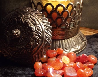 Carnelian Tumbled Gemstone - Actor's Stone, Creativity, Courage, Individuality, Protection, Luck, Past Lives