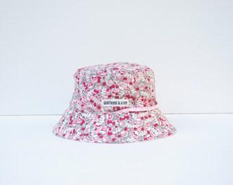 Toddler Sun Hat Reversible with strap - Pink Flower Garden