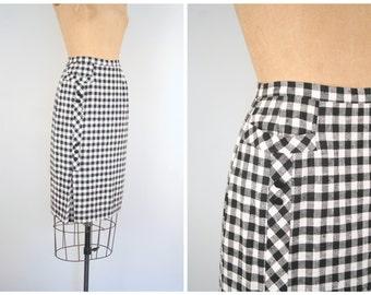 1950s linen pencil skirt - wiggle / Black & White gingham check / bombshell - vintage 50s