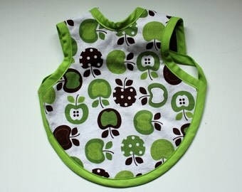 Freshly Picked. Green and Brown Apples on White Baby Bib/Apron, Bapron. Ready to Ship in Size 6 mo -18 mo. Shower Gift. New Baby. Baby Gift