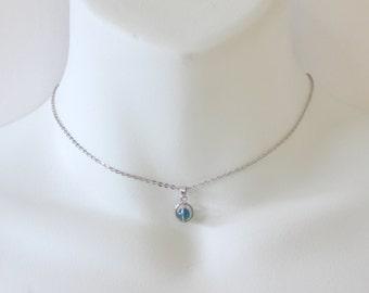 Vintage 1980 Signed Avon Captivating Beauty Silver Tone Blue Agate Gemstone Captive Stone Bead Chain Choker Length Necklace Original Box NIB