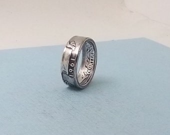 Silver coin ring washington quarter year 1961 size 7 1/2.  90% fine silver jewelry