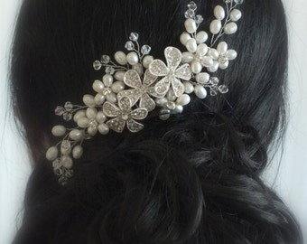 Coco-Freshwater Pearl,Sworavski Crystal and Rhinestone flower Bridal Comb