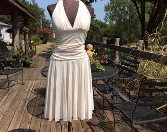 Women medium ivory pleated halter dress