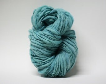 Thick and Thin Hand Spun Merino Wool Yarn Slub  Hand Dyed tts(tm) Bulky Memaid 03