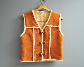 Vintage Women's Leather Vest - Bohemian Fashion