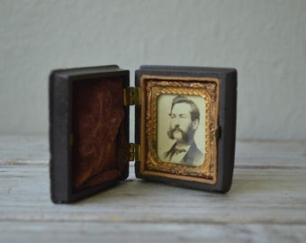 Miniature Cased CDV
