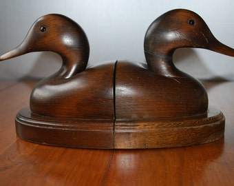 Vintage Pair of  Wooden Duck Bookends - Chippy - Weathered - Woodland - Rustic