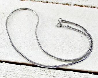 """Vintage Mens Silver Chain Necklace, 18"""" Choker Snake Chain Necklace, Unique Cool Mens Jewelry, 1970s Vintage Jewelry, Gift for Boyfriend"""