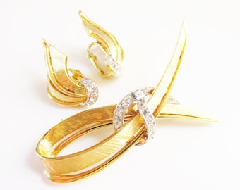 Vintage Clear Rhinestone Brooch Earrings signed Boucher