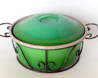 Sale Green Dutch Oven Enamel Pot Casserole 2 Quart Metal Carrier Vintage 1970s Enamelware