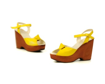 Vintage 1970's Bright Neon Yellow Leather Thick Wedge Peeptoe Slingback Platform Disco Shoes 8
