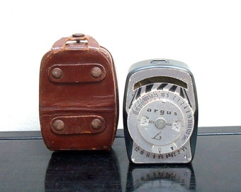 Vintage Argus L3 Light Meter - Made in West Germany - Leather Case - Argus Cameras Ann Arbor Michigan - Stage Prop - Restaurant Decor