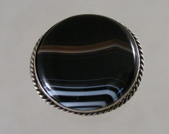 Large Victorian Agate Brooch Pin.....  Lot 4052