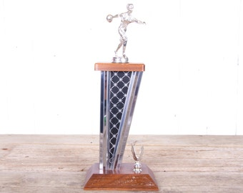 Antique Trophy / Women's Bowling Trophy / Wood and Silver Trophy / Old Trophies / Trophy Decor / Vintage Bowling Decorations / Ball Pin