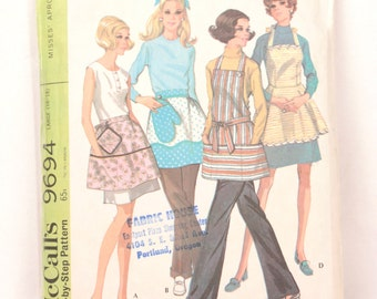 1960s McCall's 9694 // four aprons
