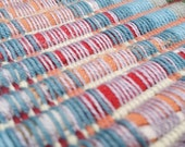 Rainbow table runner with squared