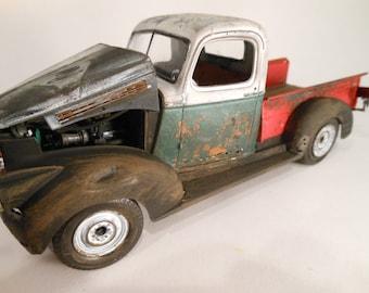 Classicwrecks Scale Model Rusted Pickup Truck