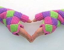 Crochet Pattern - Entrelac Crochet Fingerless Gloves PDF