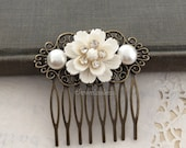 Wedding Hair Comb, Bridal Hair Comb, Pearl Hair Slide Rhinestone Flower Hair Comb White Ivory Light Cream Wedding Modern Romantic Chic PM JW