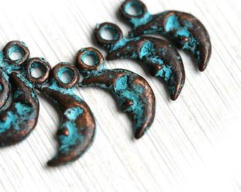 Crescent moon charms Half moon copper charms Moon beads Verdigris green patina charms Zodiac Astrology - 6pc - F277