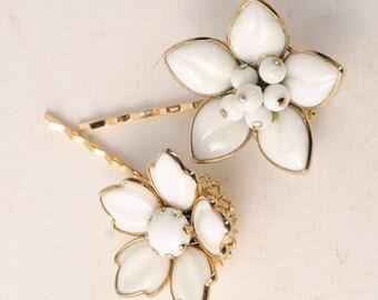White Wedding Hair Pins, flower bobby pins bridal hair pieces vintage hair accessories floral garden woodland bridesmaid hair jewelry retro