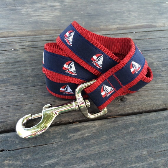 Sailboat dog leash