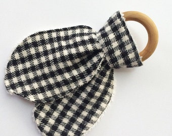 Wooden Teething Ring, Plaid Teether, Natural Teething Ring, Organic Teether, Black Plaid, Teething Ring, Organic Wood Teether, Teething Toy