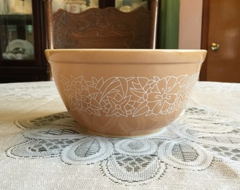 Pyrex Woodland Brown #402 Mixing Bowl