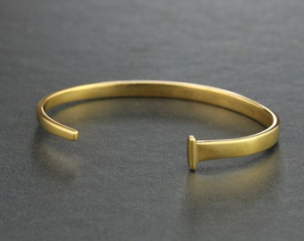 Womens Solid 18k Gold Square Nail Bracelet - Hand Forged - Personalized