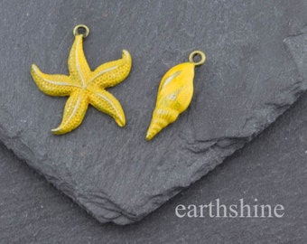 Starfish and shell antique bronze patina set in yellow