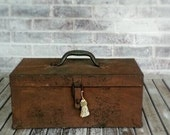 Vintage, Industrial, Rusted Metal Tool Box for Display, Decor, or Storage. Includes Green Metal Tray.