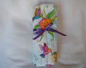 Beautiful Colorful Hummingbird Roll-up Crochet Hook Case