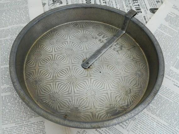 Vintage Ovenex 8 Inch Metal Pie Pan