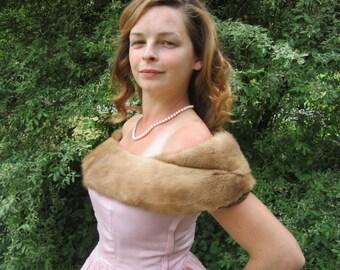 Vintage 1950s Blonde Mink Fur Stole, Elegant Fur Wrap, Luxurious Fur Stole, Shawl Mink Stole, Wedding Fur