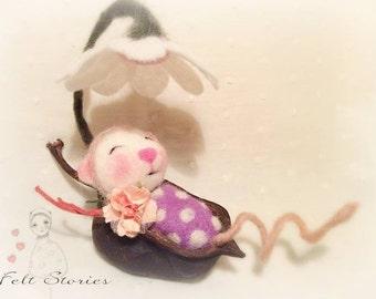 Wool Felt Animals -Felt mouse - Needle felted mouse - Felt animal -  Needle felted seed pod - Wool  felt -  Toys for Blythe - Needle felting
