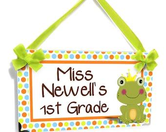 custom teacher door sign green frog crown classroom decor personalized teachers name  plate  - P471