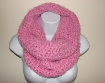 pink cowl, cotton candy pink crochet cowl, infinity scarf, winter scarf, woman scarf, luxury soft scarf, Christmas gift, hooded cowl