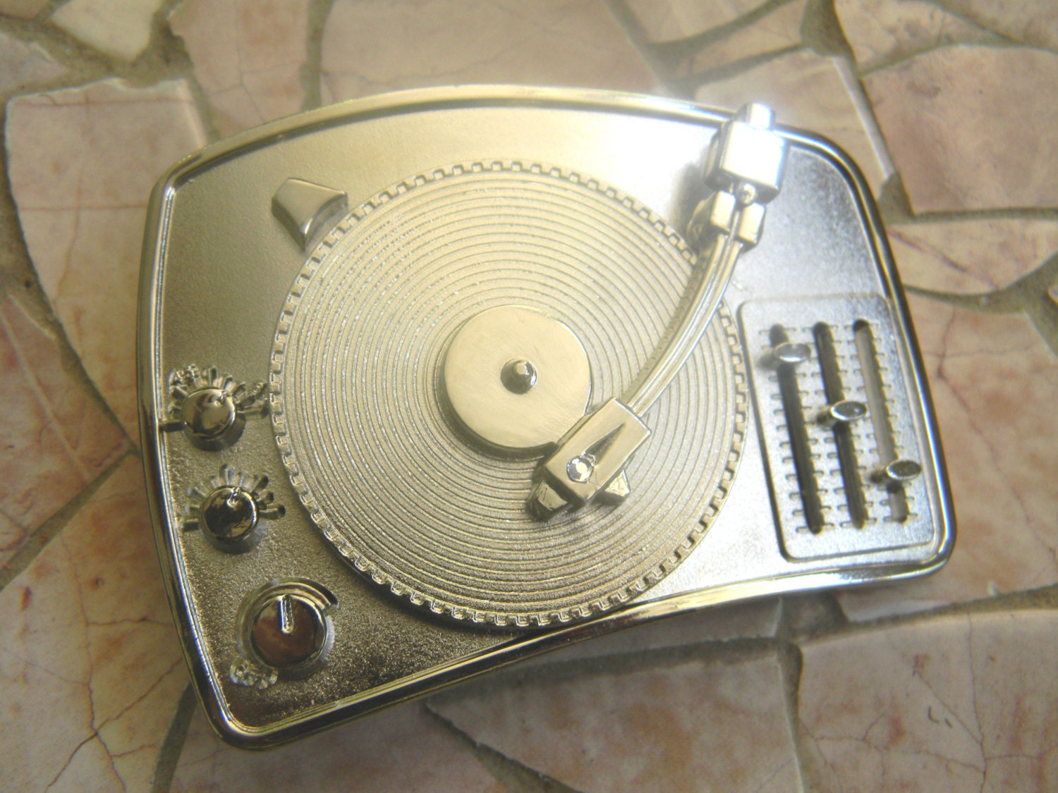 Music Record Player Silver Belt Buckle Turntable Vinyl Record