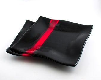 Black and Red Glass Dinnerware Set, Fused Glass Dinner Plates, Square Plates, Two Piece Set, Modern Design, Unique Wedding Gift for Couple