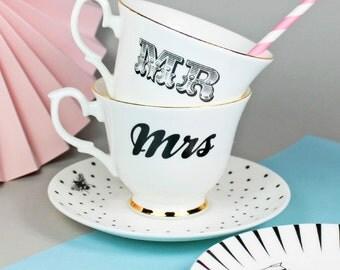 Mr & Mrs teacups set